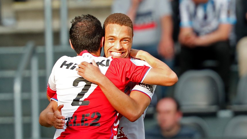 FC Utrecht take care of business in Almelo